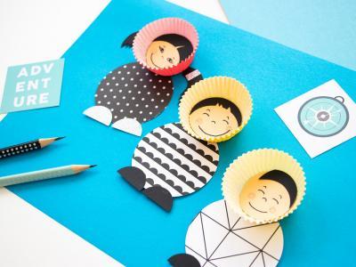 Een leuke activiteit voor tijdens grijze winterdagen: schattige Eskimo's uit papieren cupcakevormpjes maken!